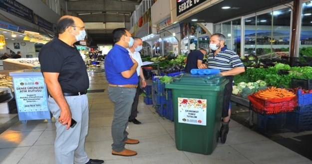 Alanya'da hal esnafı için çöp düzenlemesi
