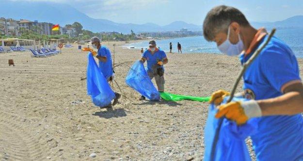 Alanya plajlarında temizlik