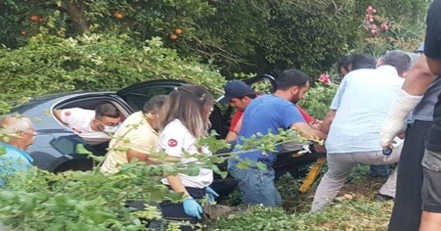 Alanya'da otomobil bahçeye uçtu: 1 yaralı