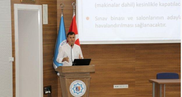 ALKÜ'de YKS bilgilendirme toplantısı