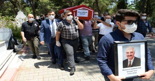 Emekli vali Mehmet Canseven son yolculuğuna uğurlandı
