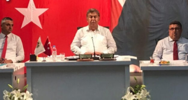 Adliyeden çıkıp Alanya Belediye Meclisine başkanlık yaptı