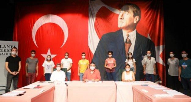 Alanya Belediye Tiyatrosu'ndan yeni oyun