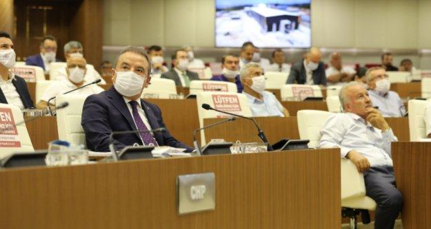 Büyükşehir Meclisinde 'Lüzumsuz Proje' ve 'Borçlanma' tartışması