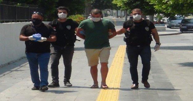 Kargo yoluyla uyuşturucu hap sevkiyatı polise takıldı