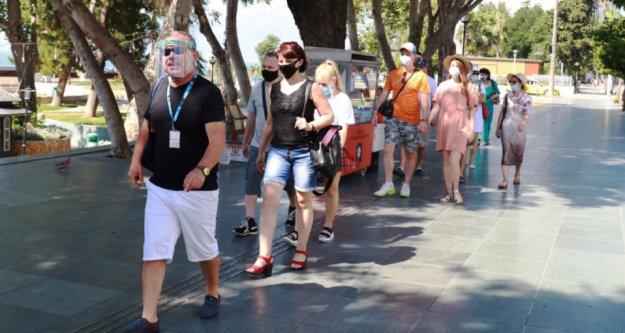 Şehir merkezi ilk yabancı turist kafilesini ağırladı