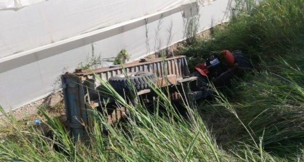 Traktörün altında kalarak feci şekilde hayatını kaybetti