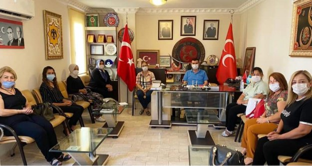 Alanya MHP'de sosyal mesafeli toplantı