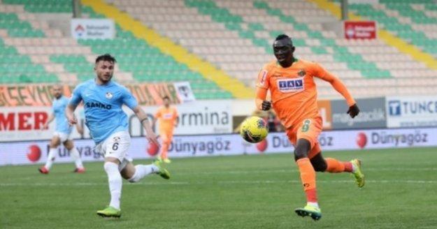 Alanyaspor'lu yıldız Fenerbahçe ve Beşiktaş'ı karşı karşıya getirdi