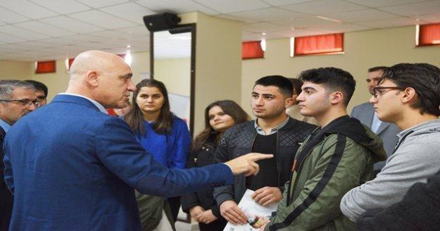 Başkan Bahar'dan gençlere bilime yönelin çağrısı!
