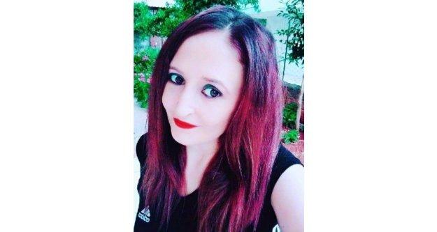 Genç kadın evinde ölü bulundu