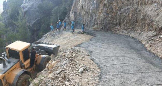 Görme engelli Azamet'in yol sorunu Alanya Belediyesi ile çözüme kavuştu