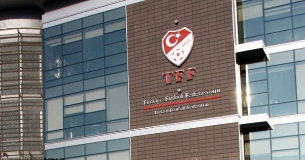 """TFF kararını verdi: """"Ekim'den itibaren maçlar seyircili"""""""