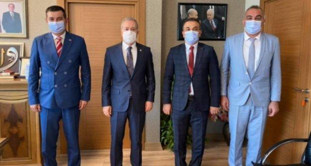 Türkdoğan'dan MHP Genel Merkezi'ne ziyaret