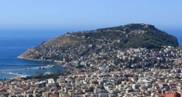 Zirvede Antalya var!