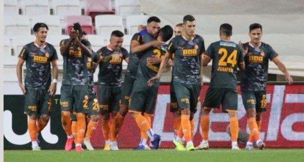 Alanyaspor'un Avrupa maçını yayınlayacak kanal belli oldu