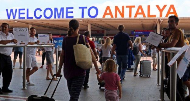Antalya'ya gelen turist sayısı 1 milyon 316 bin oldu! İşte ilk 10 ülke