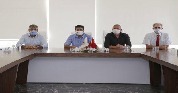 Başkan Genç: ' 200 bin maske ve 25 bin litre dezenfektan dağıttık'