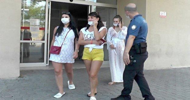 Otelde turistlere 'Maske tak' diyen hemşire yüzüne terlik yedi