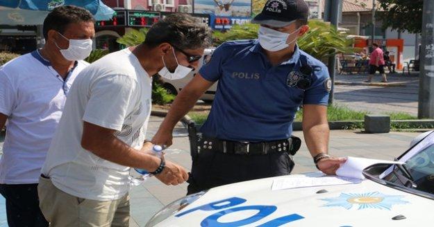Polise 'Bizi mi seçtiniz' dedi, 900 TL'lik cezadan kurtulamadı