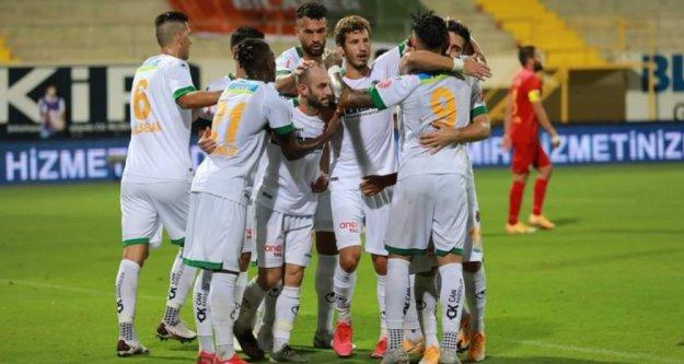 Süper Lig'de Alanyaspor fırtınası sürüyor