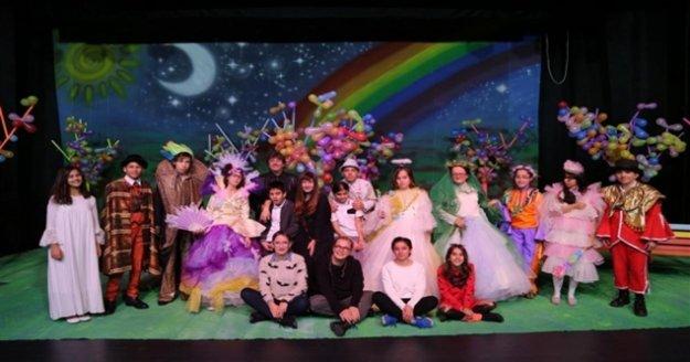 Alanya Belediye Tiyatrosu'nda çocuklara yeni oyun müjdesi
