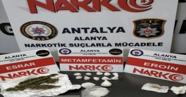 Alanya'da polisten uyuşturucu ticaretine darbe!