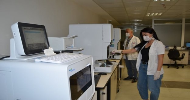 ALKÜ EAH'nden Mikrobiyoloji Laboratuvarı'nda korona yeniliği