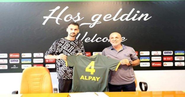 Alpay Çelebi Aytemiz Alanyaspor'da