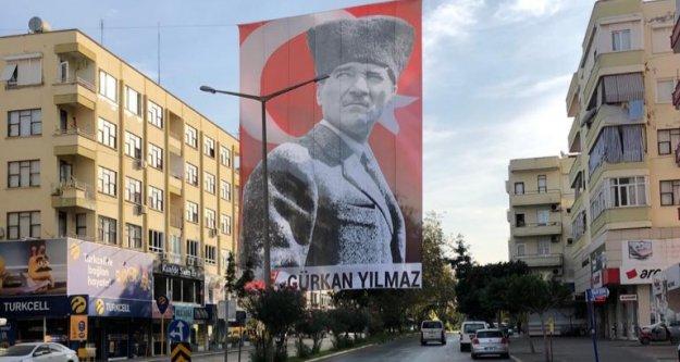 Dev Atatürk posteri...