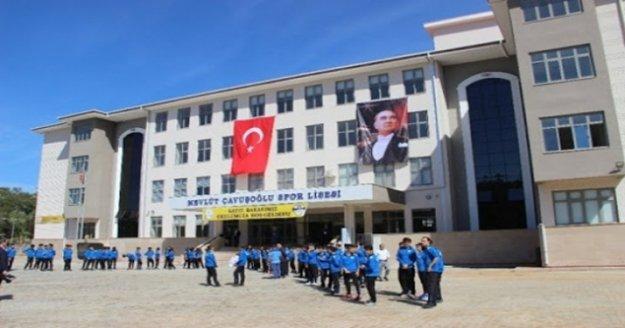 Mevlüt Çavuşoğlu Spor Lisesi'ne yeni branş