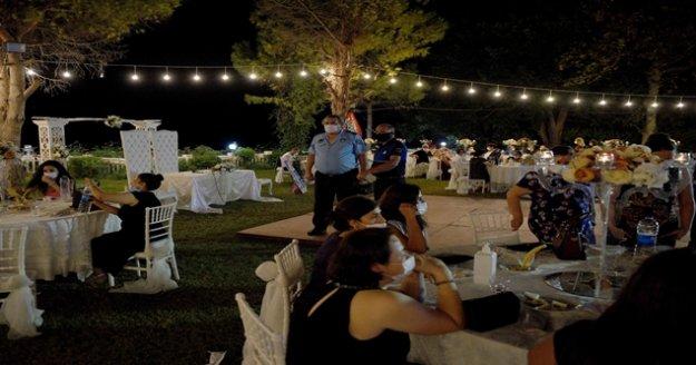 Pandemi nedeniyle 150 bin düğün iptal edildi