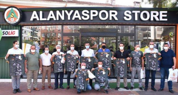 Türkdoğan'dan Alanyaspor'a destek