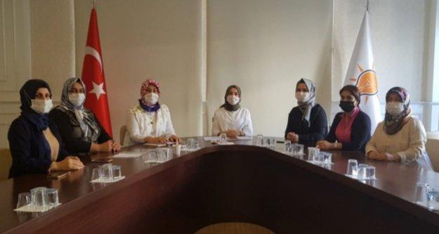 Alanya'da Ak Kadınlar kongreye gidiyor
