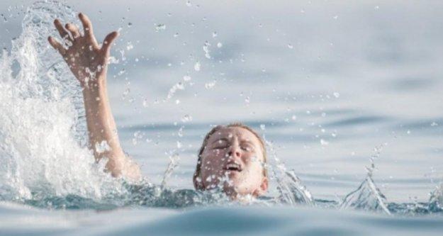 Alanya'da boğulma tehlikesi geçiren kadın yaşam savaşı veriyor