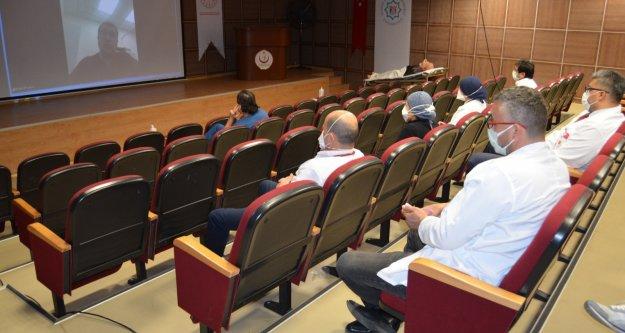 Alanya'da sağlık personeline online Covid-19 eğitimi