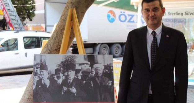 Alanya MHP'den Atatürk Resim Sergisi