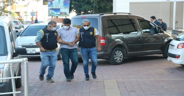 Alanya'da işyerine kurşun yağdıran şüphelilerden 1'i yakalandı