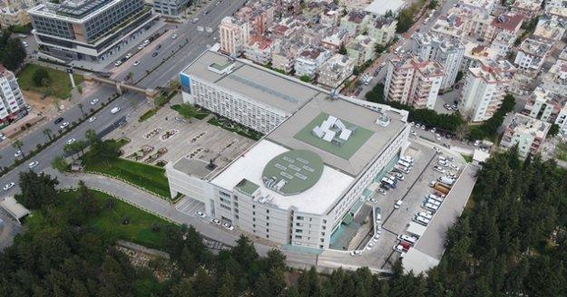 Büyükşehir Belediyesi çatısına GES kurulacak