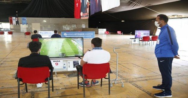 Büyükşehir'den 'Antalya FIFA 2020 E-spor Turnuvası'