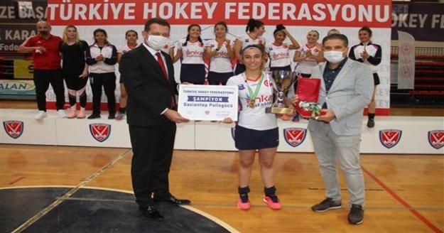 Hokeyin Şampiyonu Gaziantep polis gücü oldu!