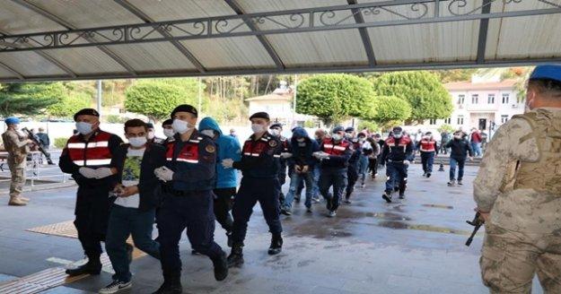 Jandarmanın 'Çelik kafes' operasyonuna 43 tutuklama