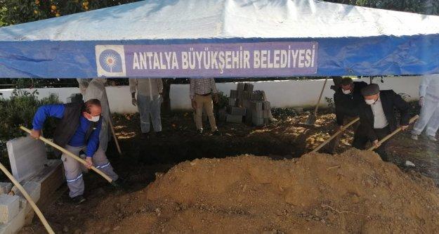 Mustafa Aras'a son görev
