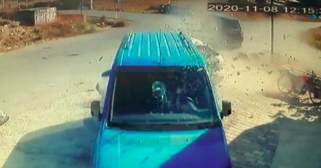 Park halindeki aracın içinde hayatının şokunu yaşadı