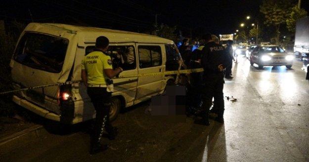 Pazar dönüşü feci kaza: 1 ölü, 1 yaralı