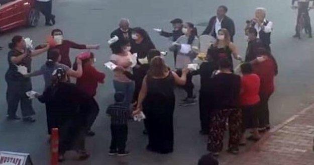 Yasağa rağmen seyir terasında gençler, sokak düğününde davetliler coştu