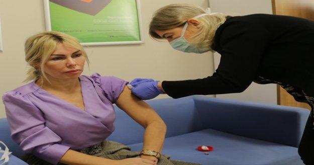 """""""280 kişinin katıldığı Covid-19 aşısında ciddi bir yan etki olmadı"""""""