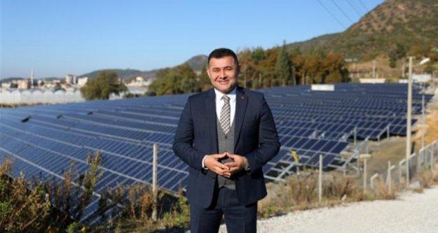 Alanya Belediyesi güneşten kazancını artırıyor