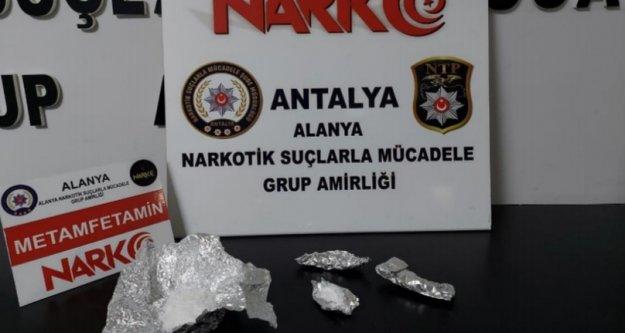 Alanya'da polisten uyuşturucu operasyonu