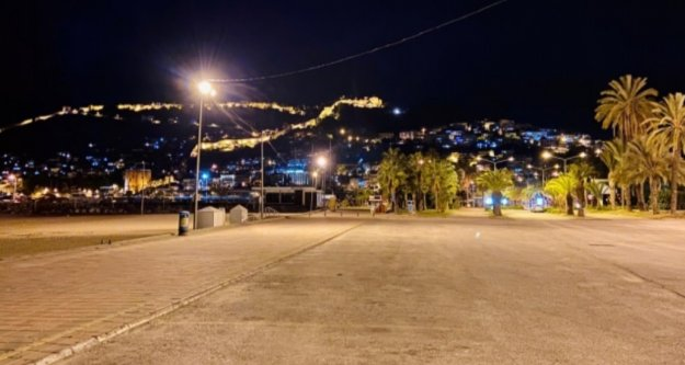 Alanya'da sokağa çıkma yasağı başlıyor